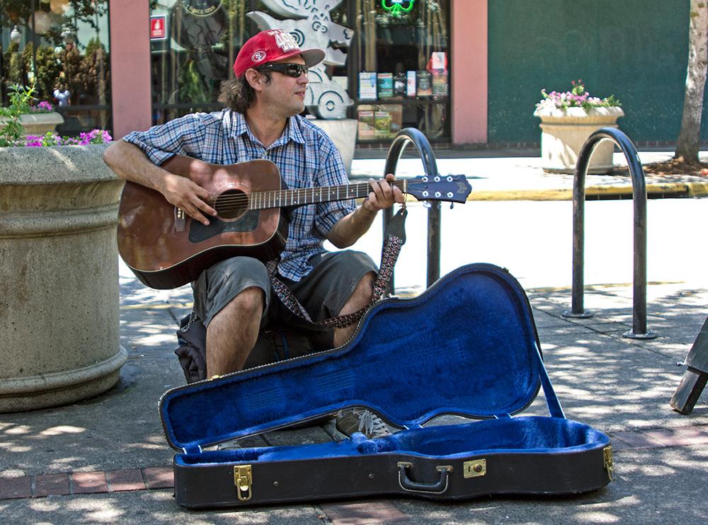 SidewalkMusician